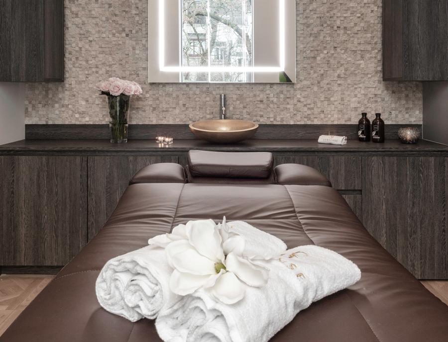 Cabine de massage du spa de luxe Versense